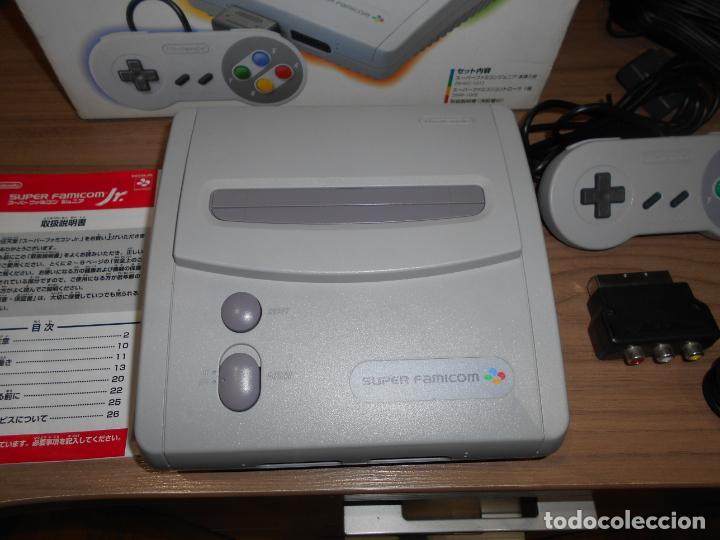 Videojuegos y Consolas: Consola SUPER FAMICOM JR Super NINTENDO Con su CAJA - PAD y adaptador de corriente para España - Foto 2 - 198941353