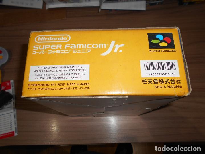 Videojuegos y Consolas: Consola SUPER FAMICOM JR Super NINTENDO Con su CAJA - PAD y adaptador de corriente para España - Foto 6 - 198941353
