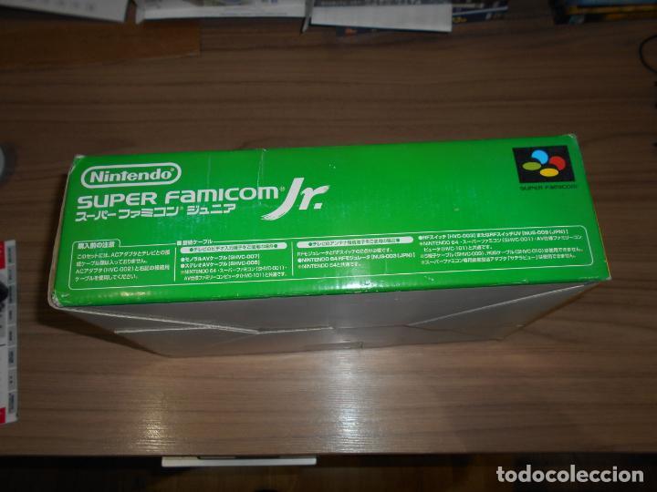Videojuegos y Consolas: Consola SUPER FAMICOM JR Super NINTENDO Con su CAJA - PAD y adaptador de corriente para España - Foto 8 - 198941353