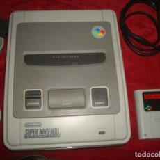 Jeux Vidéo et Consoles: SUPER NINTENDO + JUEGO + CABLES + 2 MANDOS FUNCIONANDO. Lote 216352931