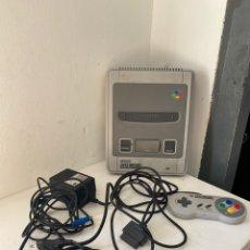 Jeux Vidéo et Consoles: CONSOLA SUPER NINTENDO SNES PAL + 1 MANDO. Lote 217240221