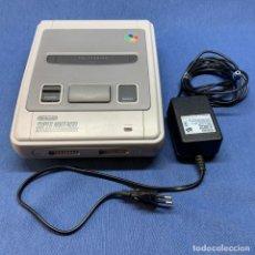 Videojuegos y Consolas: CONSOLA NINTENDO - SUPER NINTENDO ENTERTAINMENT SYSTEM - SNES + ADAPTADOR. Lote 221530482