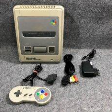 Videojuegos y Consolas: CONSOLA NINTENDO SUPER FAMICOM+MANDO+AV+AC SNES. Lote 221733841