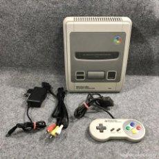Videojuegos y Consolas: CONSOLA NINTENDO SUPER FAMICOM+MANDO+AV+AC SNES. Lote 222345593