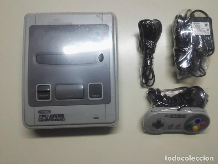 Videojuegos y Consolas: CONSOLA DE JUEGO SUPER NINTENDO + MANDO Y CABLES - Foto 2 - 261650815