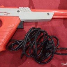 Videojuegos y Consolas: PISTOLA NINTENDO ZAPPER 1985.. Lote 262488695
