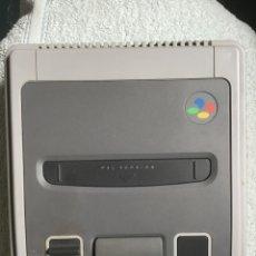Videojuegos y Consolas: NINTENDO. SÚPER NES (PAL) CONTROL DECK. CONSOLA. 1992. MADE IN JAPAN. + MANDO. SUPERNINTENDO.. Lote 266552493