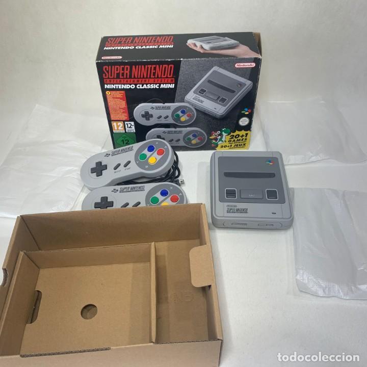 CONSOLA SUPER NINTENDO ENTERTAINMENT SYSTEM - NINTENDO CLASSIC MINI - CON CAJA - COMO NUEVA (Juguetes - Videojuegos y Consolas - Nintendo - SuperNintendo)