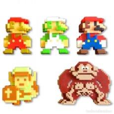 Videojuegos y Consolas: PACK 5 FIGURAS SUPER MARIO 6 CM RETRO 8 BIT (WORLD OF NINTENDO). NUEVO!!.. Lote 276093283