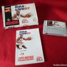 Videojuegos y Consolas: JUEGO, CAJA E INSTRUCCIONES. NBA LIVE 97 DE SUPER NINTENDO.. Lote 278679048