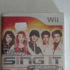 Videojuegos y Consolas: DISNEY SING IT POP HITS PARA NINTENDO WII NUEVO PRECINTADO. Lote 128466587