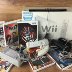 Videojuegos y Consolas: CONSOLA WII COMPLETA ( CON CAJA ) + LOTE 6 JUEGOS + MICRO KONAMI + NUNCHUK - KARAOKE ( VER FOTOS ). Lote 222136711