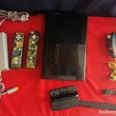Videojuegos y Consolas: CONSOLA NINTENDO WII U +3 MANDOS Y CARGADOR SIN PROBAR . TAL CUAL COMO SE VE EN FOTOS. Lote 289830013