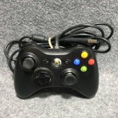 Videojuegos y Consolas: MANDO OFICIAL NEGRO CON CABLE MICROSOFT XBOX 360. Lote 180881353