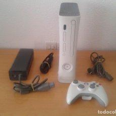 Videojuegos y Consolas: MICROSOFT XBOX 360 CORE COMPLETA BLANCA CON CABLES Y MANDO PAL ESPAÑA ORIGINAL R10467. Lote 199043448
