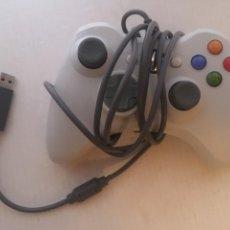Videojuegos y Consolas: MANDO CON CABLE USB XBOX 360 X360 BLANCO Y NEGRO KREATEN. Lote 222477977