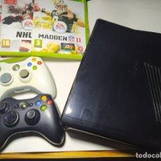 Videojuegos y Consolas: CONSOLA XBOX 360 SLIM 250 + 2 MANDOS Y 3 JUEGOS. Lote 225873185