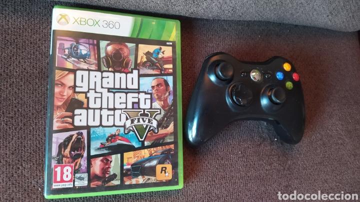 MANDO INHALAMBRICO Y JUEGO GRAND THEFT AUTO V - USADOS - BUEN ESTADO - LEER DESCRIPCIÓN (Juguetes - Videojuegos y Consolas - Microsoft - Xbox 360)