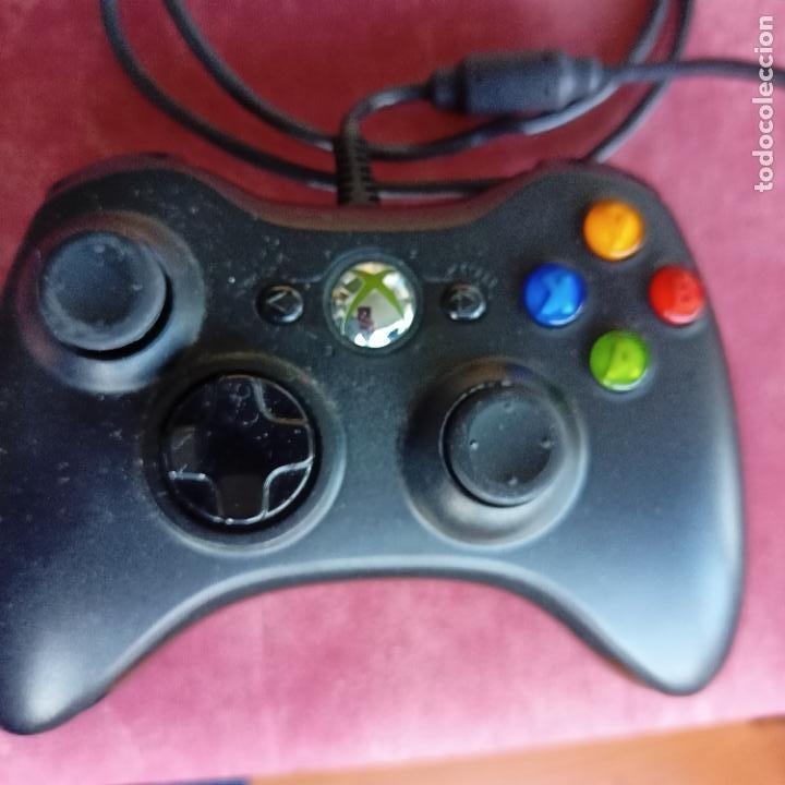 MANDO BLANCO XBOX 360 CON CABLE NEGRO (Juguetes - Videojuegos y Consolas - Microsoft - Xbox 360)