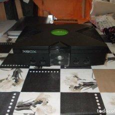 Videojuegos y Consolas: XBOX CLASICA, CON DOS MANDOS Y TRES JUEGOS. Lote 136827790