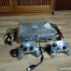 Videojuegos y Consolas: CONSOLA MICROSOFT XBOX CRISTAL CLASICA + X2 MANDOS + CABLE COMPONENTES + C.AC. Lote 139766490