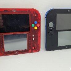 Videogiochi e Consoli: LOTE 2 CONSOLAS NINTENDO 2DS. EDICION POKEMON MEGA RUBI. TARJETAS DE MEMORIA. NO GAME BOY. NO 3DS. Lote 269098288