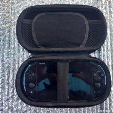 Videojuegos y Consolas PS Vita: CONSOLA PS VITA EN MUY BUEN ESTADO CON FUNDA. Lote 146084984
