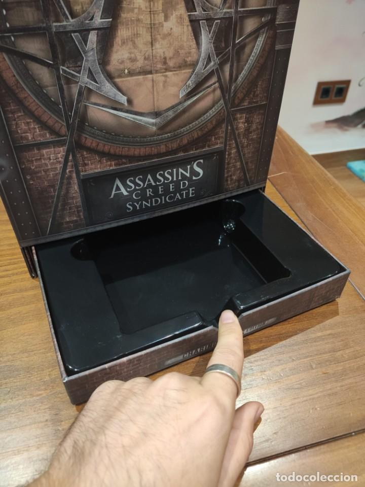 Videojuegos y Consolas PS4: Assassins Creed Syndicate - Figura con Caja - Muy buen estado (LEER DESCRIPCION) - Foto 3 - 222301198