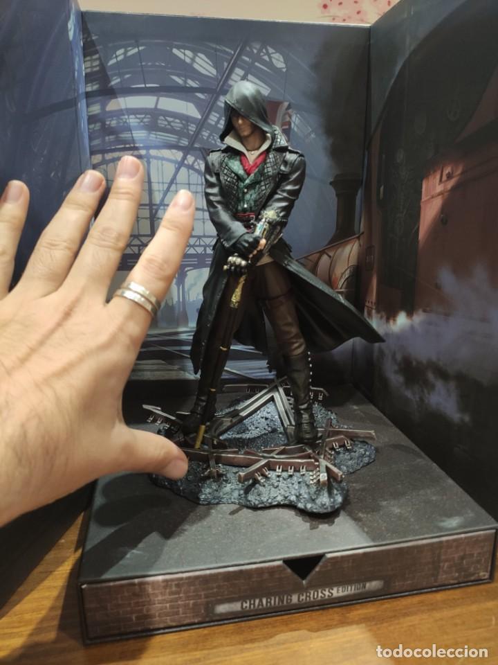 Videojuegos y Consolas PS4: Assassins Creed Syndicate - Figura con Caja - Muy buen estado (LEER DESCRIPCION) - Foto 5 - 222301198