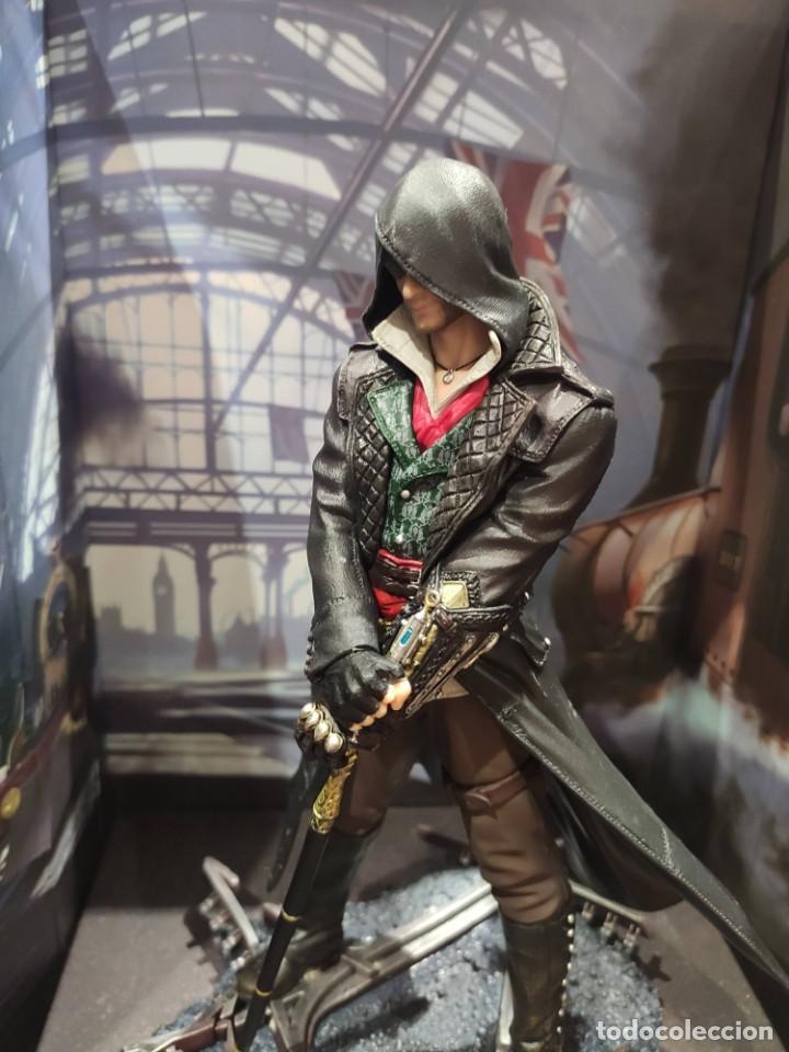 Videojuegos y Consolas PS4: Assassins Creed Syndicate - Figura con Caja - Muy buen estado (LEER DESCRIPCION) - Foto 6 - 222301198