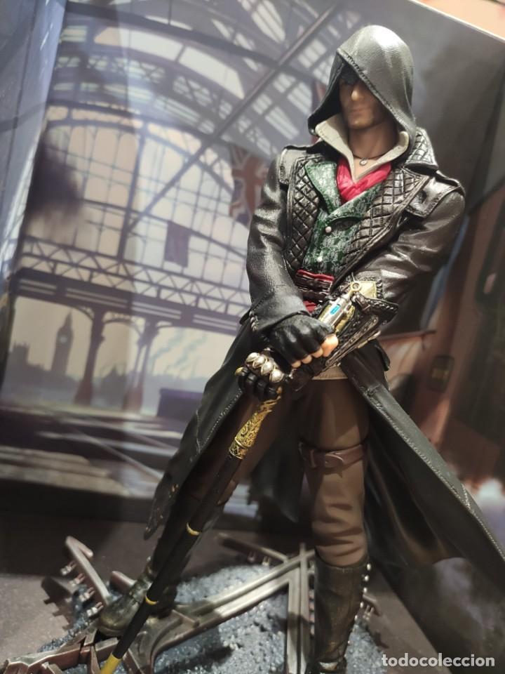 Videojuegos y Consolas PS4: Assassins Creed Syndicate - Figura con Caja - Muy buen estado (LEER DESCRIPCION) - Foto 7 - 222301198