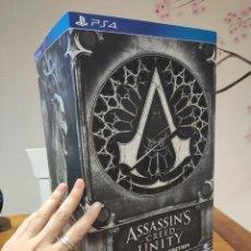 Videojuegos y Consolas PS4: ASSASSINS CREED UNITY - FIGURA CON CAJA - MUY BUEN ESTADO (LEER DESCRIPCION). Lote 222301268