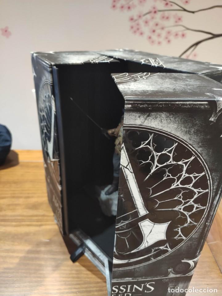 Videojuegos y Consolas PS4: Assassins Creed Unity - Figura con Caja - Muy buen estado (LEER DESCRIPCION) - Foto 6 - 222301268