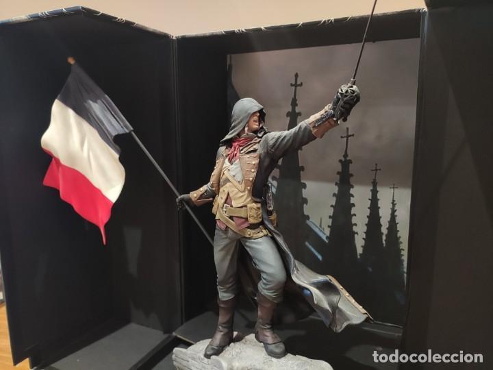 Videojuegos y Consolas PS4: Assassins Creed Unity - Figura con Caja - Muy buen estado (LEER DESCRIPCION) - Foto 7 - 222301268