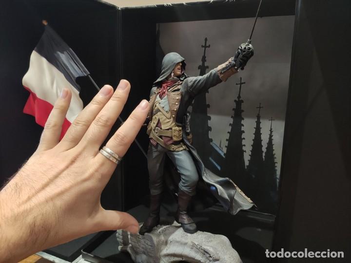 Videojuegos y Consolas PS4: Assassins Creed Unity - Figura con Caja - Muy buen estado (LEER DESCRIPCION) - Foto 8 - 222301268
