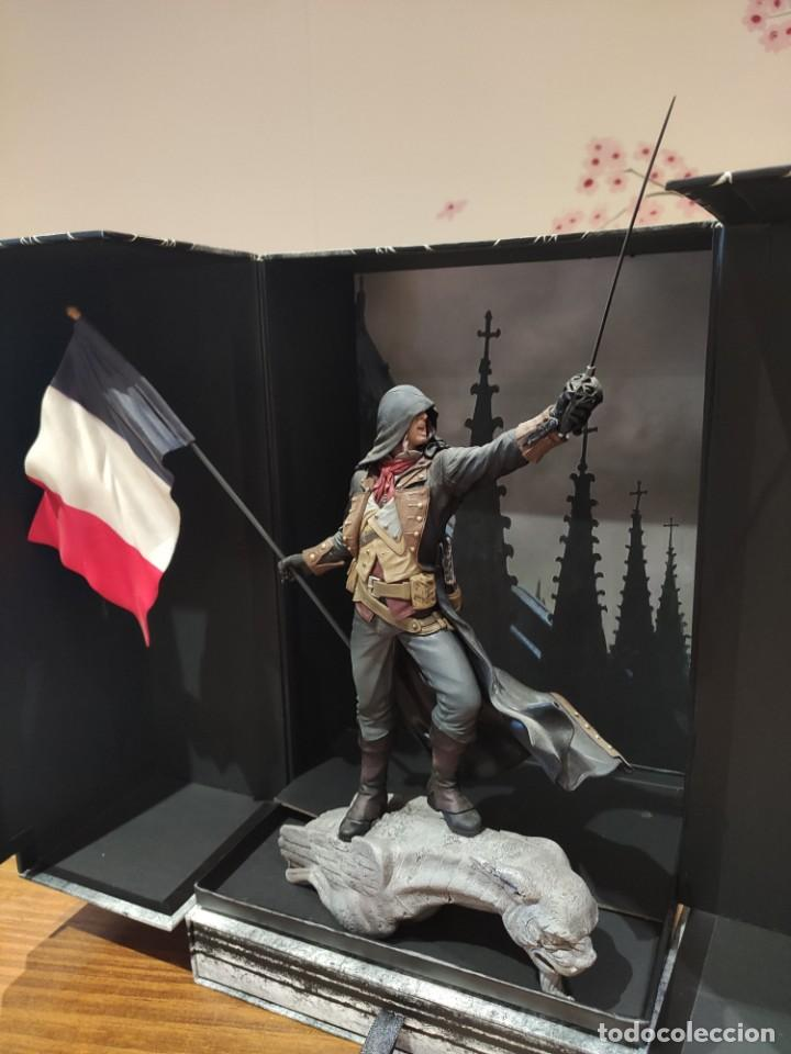 Videojuegos y Consolas PS4: Assassins Creed Unity - Figura con Caja - Muy buen estado (LEER DESCRIPCION) - Foto 9 - 222301268
