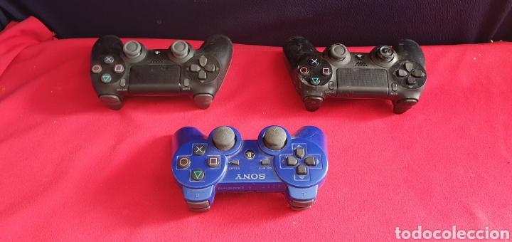 LOTE DE 3 MANDOS PLAYSTATION 4 Y 3 NO ESTAN BROBADOS (Juguetes - Videojuegos y Consolas - Sony - PS4)