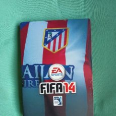 Videojuegos y Consolas PS4: CARATULA METALICA ATLETICO MADRID CON JUEGO PS4 FIFA 14. Lote 273523718