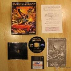 Videojuegos y Consolas: MEGA RACE JUEGO PC EDICIÓN ESPAÑOLA CAJA CARTÓN BIG BOX. Lote 41117798