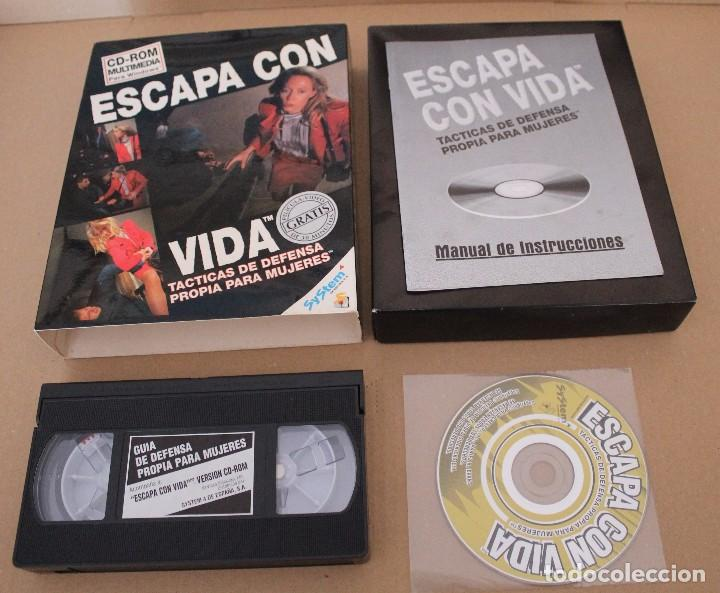 Videojuegos y Consolas: ESCAPA CON VIDA PC BOX CAJA CARTON TACTICAS DE DEFENSA - Foto 2 - 101217623