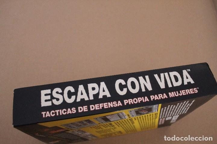 Videojuegos y Consolas: ESCAPA CON VIDA PC BOX CAJA CARTON TACTICAS DE DEFENSA - Foto 4 - 101217623