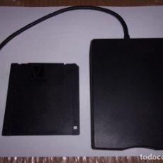 Jeux Vidéo et Consoles: DISQUETERA EXTERNA USB - 3.5 PULGADAS - TEAC MODEL FD-05PUW.. Lote 104891471
