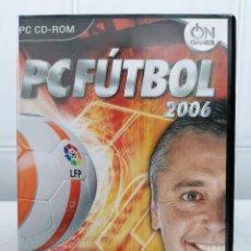 Videojuegos y Consolas: PC FUTBOL 2006 CON MICHAEL ROBINSON - INCLUYE MANUAL USUARIO - PC DVD-ROM. Lote 236444410
