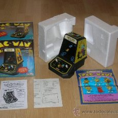 Videojuegos y Consolas: PAC-MAN CON CAJA Y MANUAL HANDHELD GAME WATCH G&W COLECO. Lote 27382677