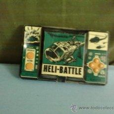 Videojuegos y Consolas: CONSOLA,HELI-BATTLE ( BATALLA DE HELICOPTEROS )CASIO CG-370-1987,FUNCIONA, DIFICIL DE CONSEGUIR.. Lote 29814371