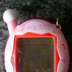 Videojuegos y Consolas: TAMAGOTCHI TAMAGOCHI BANDAI 2004 ROSA. Lote 34885132