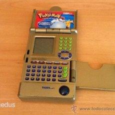 Videojuegos y Consolas: POKEDEX DELUXE GOLD ENCICLOPEDIA ELECTRÓNICA POKEMON MAQUINITA MÁQUINA TIGER DE NINTENDO. Lote 42951166