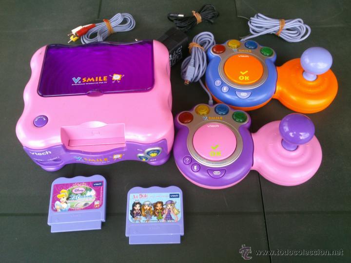 CONSOLA INFANTIL V SMILE COMPLETA 2 MANDOS Y 2 JUEGOS (Juguetes - Videojuegos y Consolas - Otros descatalogados)