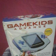 Videojuegos y Consolas: CONSOLA GAMEKIDS ADVANCE COMPLETA FUNCIONA EN SU CAJA ORIGINAL SIN JUGAR VER FOTOS. Lote 44058101