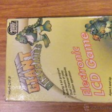 Videojuegos y Consolas: JUEGO LCD CONSOLA GIANT DINOSAURS MICRO GAMES OF AMERICA COMO NUEVO. Lote 46407511